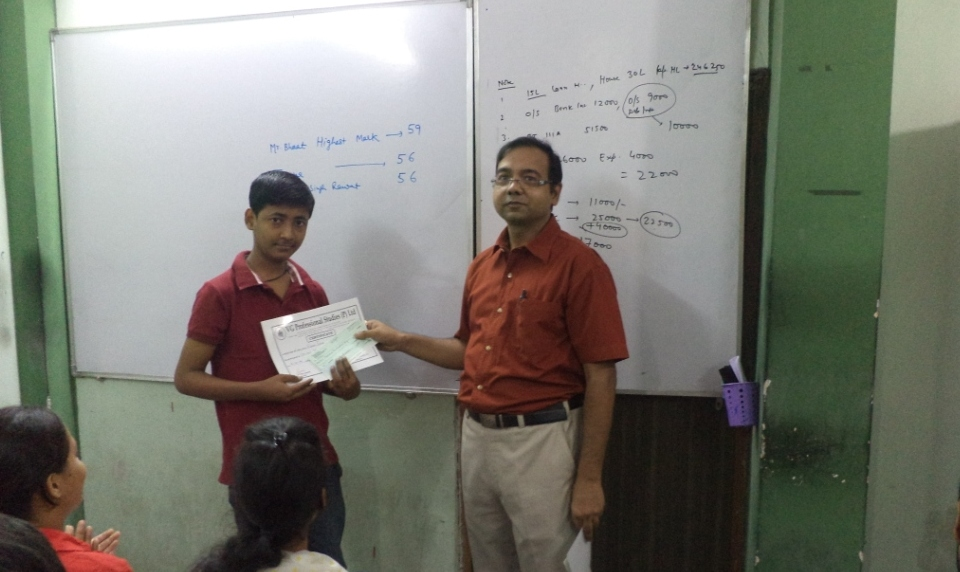 Prize Distribution Pic No. 18